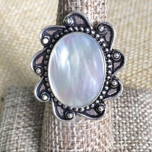 Mother of Pearl MOP Ring Size 7 3/4